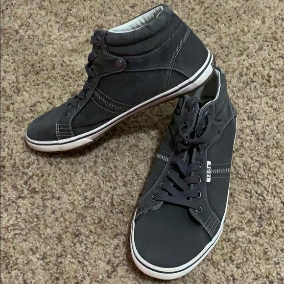 taos footwear top star
